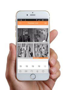 Videosorveglianza da remoto tramite iPhone con visualizzazione multipla telecamere